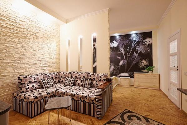 2-комнатная квартира посуточно в Львове. Галицкий район, ул. Кулиша, 16. Фото 1