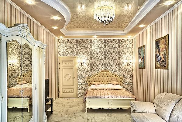 2-комнатная квартира посуточно в Львове. Галицкий район, ул. Ярослава Стецько, 7. Фото 1
