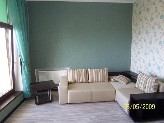 1-комнатная квартира посуточно в Одессе. Приморский район, ул. Генуэзская. Фото 1