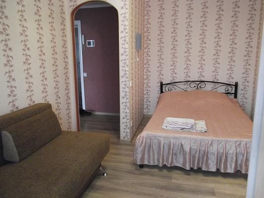 1-комнатная квартира посуточно в Киеве. Оболонский район, пр-т  Оболонский , 31. Фото 1