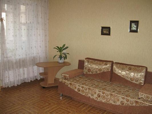 1-комнатная квартира посуточно в Кременчуге. квартал 101, 3. Фото 1