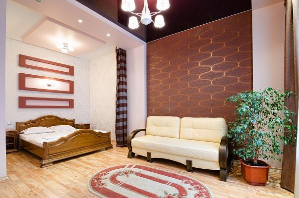 1-комнатная квартира посуточно в Львове. Галицкий район, ул. Дорошенко, 34. Фото 1
