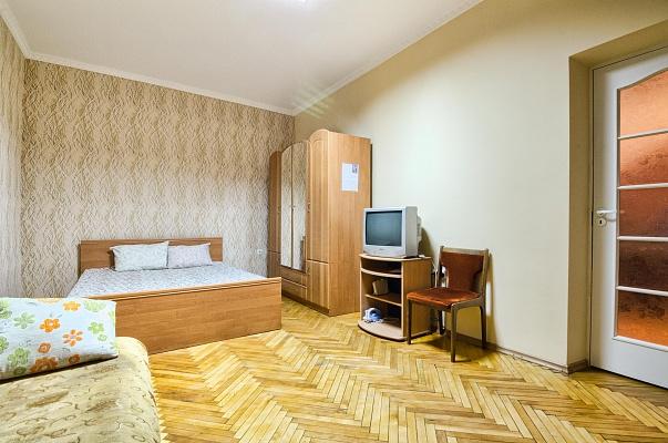 1-комнатная квартира посуточно в Львове. Галицкий район, ул. Фурманская, 5. Фото 1
