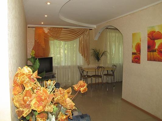 3-комнатная квартира посуточно в Николаеве. Центральный район, Проспект Героев Сталинграда, 20,а. Фото 1