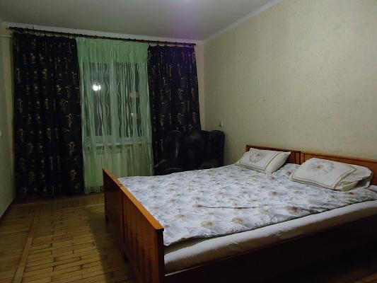 2-комнатная квартира посуточно в Виннице. Ленинский район, ул. Александра Блока, 8. Фото 1