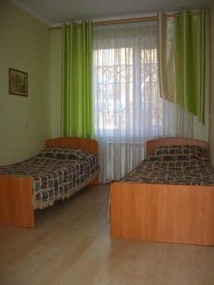 2-комнатная квартира посуточно в Керчи. Вокзальное шоссе , 49. Фото 1