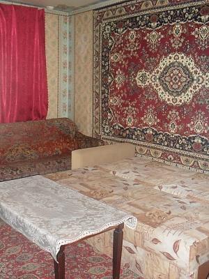 1-комнатная квартира посуточно в Черкассах. пр-т Шевченко, 243. Фото 1