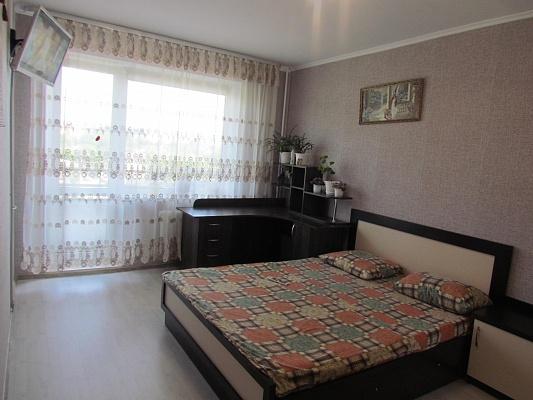2-комнатная квартира посуточно в Житомире. ул. Гоголевская, 15. Фото 1