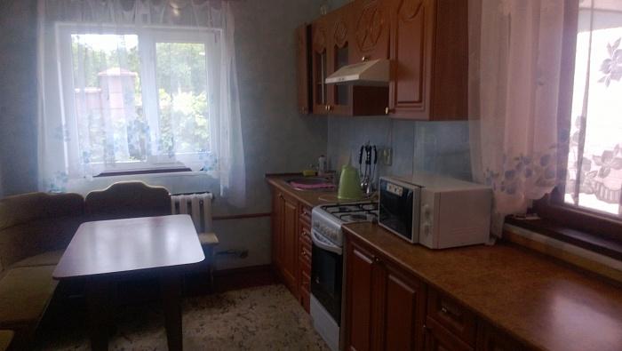 Дом  посуточно в Симферополе. Киевский район, ул. Буденного, 14. Фото 1