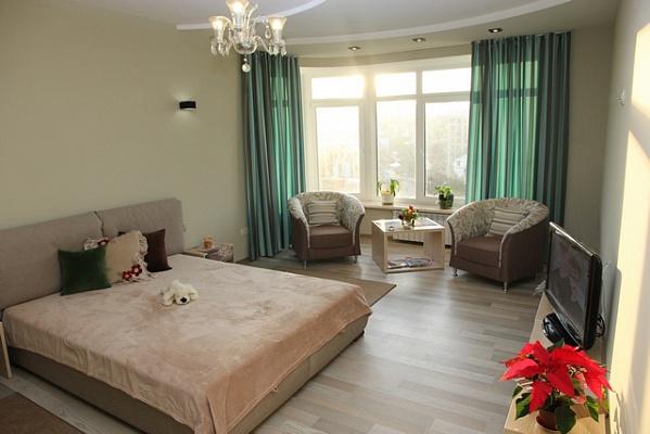 2-комнатная квартира посуточно в Трускавце. ул. С. Крушельницкой, 8. Фото 1