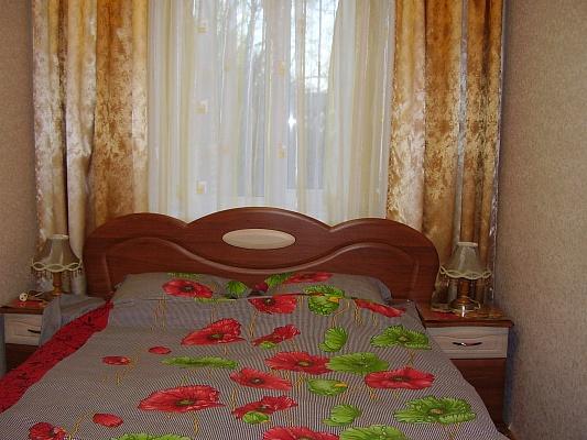 2-комнатная квартира посуточно в Одессе. Приморский район, ул. Сегедская, 14. Фото 1