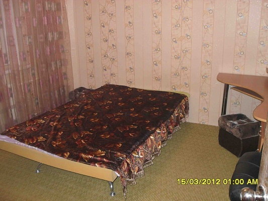 3-комнатная квартира посуточно в Донецке. Калининский район, Красногвардейский, 38а. Фото 1
