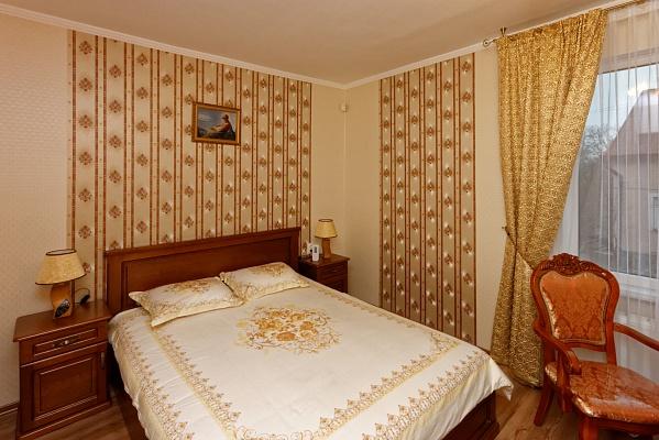 1-комнатная квартира посуточно в Трускавце. ул. Ульяны Кравченко, 1. Фото 1