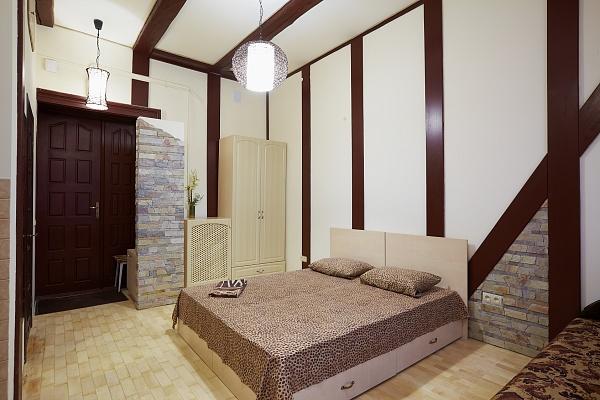 1-комнатная квартира посуточно в Львове. Галицкий район, ул. Ф. Листа, 10. Фото 1