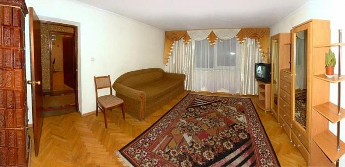 2-комнатная квартира посуточно в Трускавце. ул. Леси Украинки, 13. Фото 1