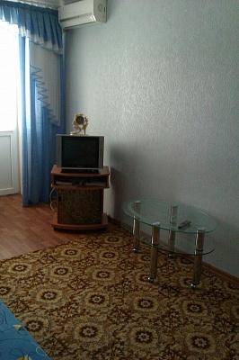 1-комнатная квартира посуточно в Северодонецке. пр-т Гвардейский, 24А. Фото 1