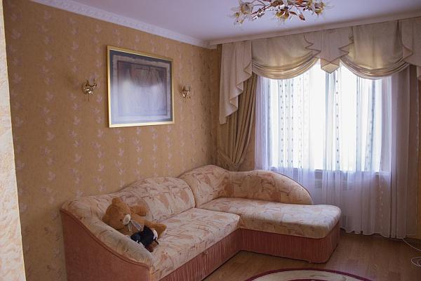 2-комнатная квартира посуточно в Мукачево. ул. Кооперативная, 36. Фото 1
