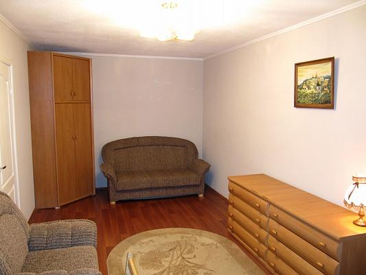 1-комнатная квартира посуточно в Киеве. Днепровский район, ул. Жмаченко, 16. Фото 1