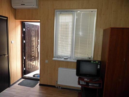 1-комнатная квартира посуточно в Севастополе. Ленинский район, ул. Пожарова. Фото 1