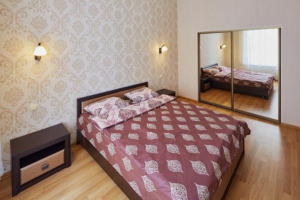 2-комнатная квартира посуточно в Львове. Галицкий район, ул. Кулиша, 4. Фото 1