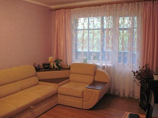 2-комнатная квартира посуточно в Луганске. Каменнобродский район, Заречный. Фото 1