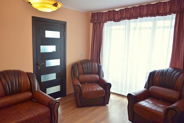 2-комнатная квартира посуточно в Львове. Зализнычный район, ул. Яворницкого, 2. Фото 1