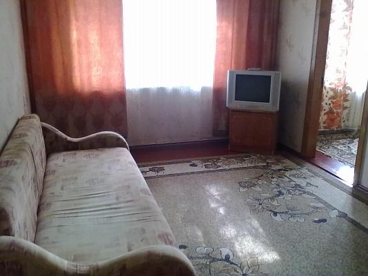 3-комнатная квартира посуточно в Сумах. Заречный район, ул. Харьковская, 34. Фото 1