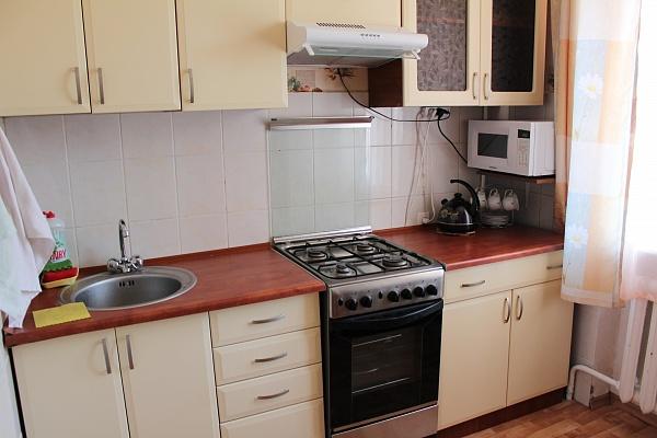 1-комнатная квартира посуточно в Одессе. Малиновский район, ул. Космонавтов, 4. Фото 1