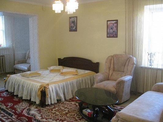 1-комнатная квартира посуточно в Одессе. Киевский район, ул. Королева, 83. Фото 1