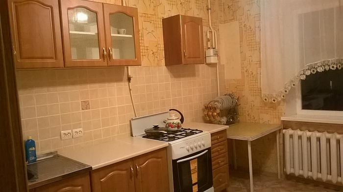 1-комнатная квартира посуточно в Николаеве. Центральный район, мк р-н Соляные-Северный, 10д. Фото 1