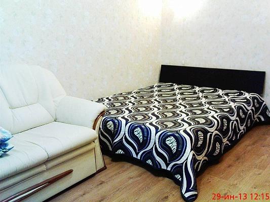 1-комнатная квартира посуточно в Одессе. Приморский район, ул. Сегедская, 17. Фото 1