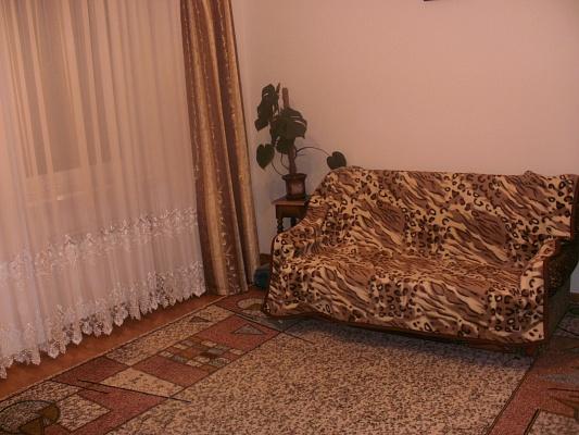 2-комнатная квартира посуточно в Львове. Железнодорожный район, ул. Ш. Руставелли, 25. Фото 1