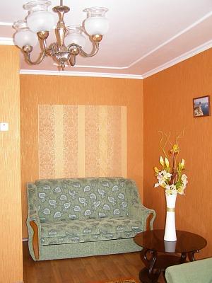 1-комнатная квартира посуточно в Сумах. Заречный район, пр-т М.  Лушпы, 29. Фото 1