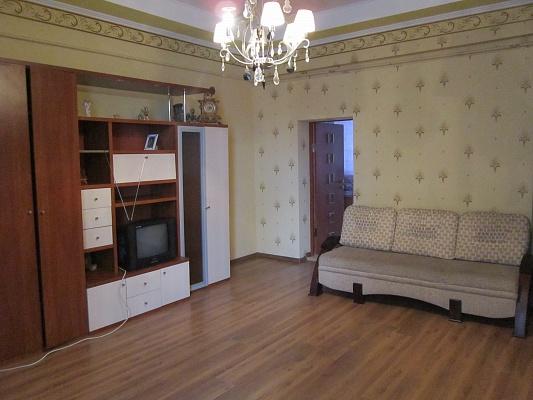 2-комнатная квартира посуточно в Львове. Галицкий район, ул. Гнатюка, 15. Фото 1