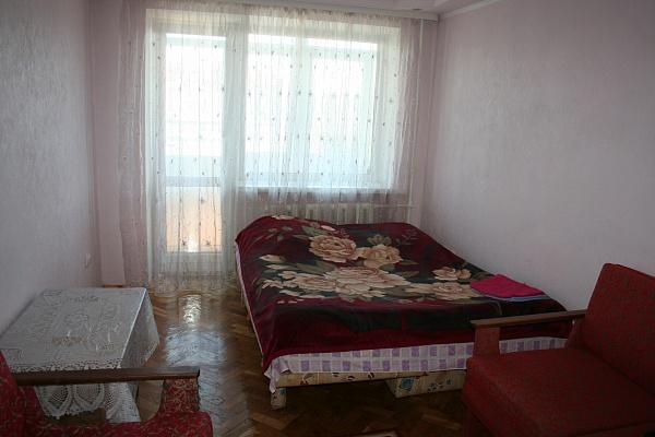 1-комнатная квартира посуточно в Луцке. пр-т Победы, 13. Фото 1