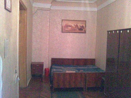 2-комнатная квартира посуточно в Одессе. Приморский район, ул. Пушкинская, 54. Фото 1