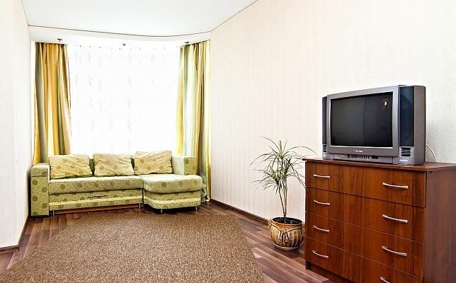 1-комнатная квартира посуточно в Трускавце. ул. Крушельницкой, 8. Фото 1