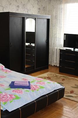 3-комнатная квартира посуточно в Мукачево. ул. Генерала Петрова, 24. Фото 1