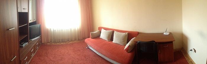 2-комнатная квартира посуточно в Ужгороде. ул. Гуцы, 10. Фото 1