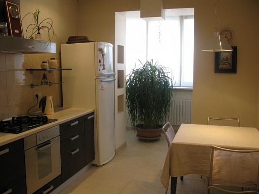 1-комнатная квартира посуточно в Одессе. Приморский район, ул. Говорова, 3. Фото 1