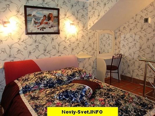 2-комнатная квартира посуточно в Новом свете. ул. Шаляпина, 6. Фото 1
