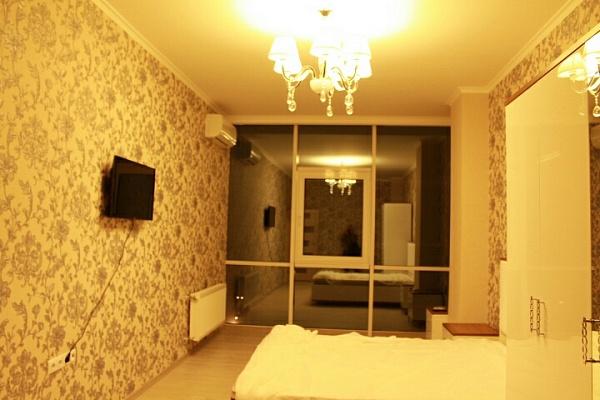 2-комнатная квартира посуточно в Одессе. Приморский район, ул. Генуэзская, 24а. Фото 1