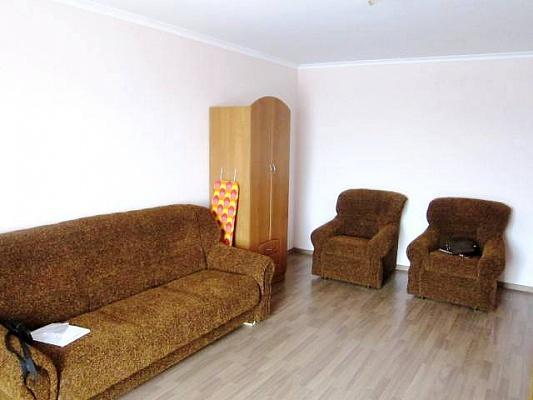 1-комнатная квартира посуточно в Сумах. Заречный район, ул. Прокофьева, 14. Фото 1
