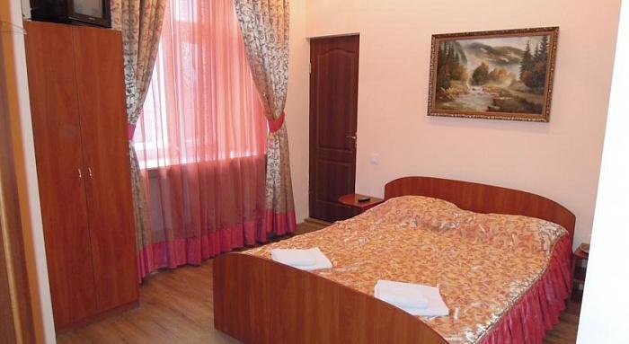 1-комнатная квартира посуточно в Львове. Галицкий район, Богдана Хмельницького, 23. Фото 1