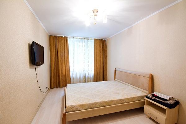 2-комнатная квартира посуточно в Харькове. Дзержинский район, ул. 23 августа, 48. Фото 1