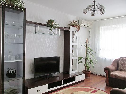 2-комнатная квартира посуточно в Бердянске. ул. Лиепайская , 14. Фото 1
