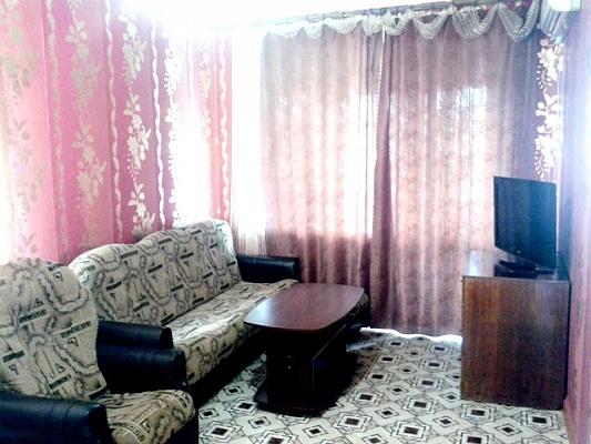 1-комнатная квартира посуточно в Приморском. ул. Советская, 22. Фото 1