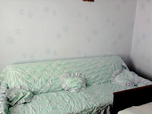 Дом  посуточно в Феодосии. ул. Стамова, 35. Фото 1