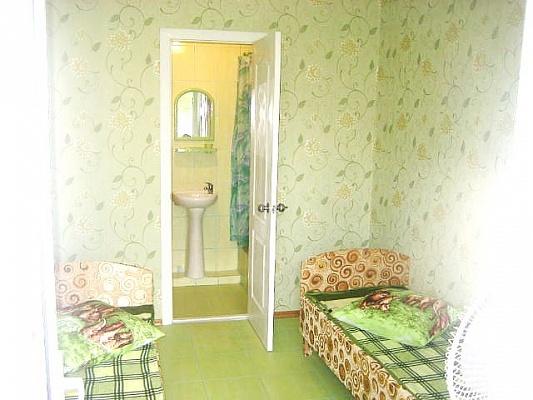 Комната  посуточно в Феодосии. ул. Стамова, 30. Фото 1