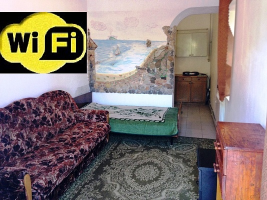1-комнатная квартира посуточно в Симферополе. Киевский район, ул. Ленина, 39. Фото 1